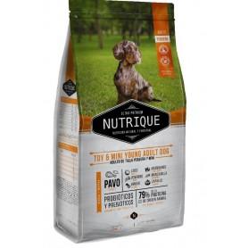 VitalCan Nutrique Toy & Mini Young Adult Dog 3kg